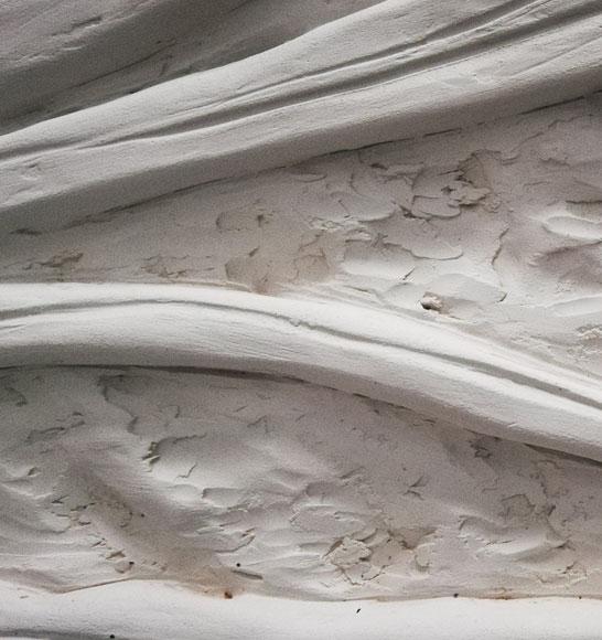 Lines bassorilievo terracotta detail